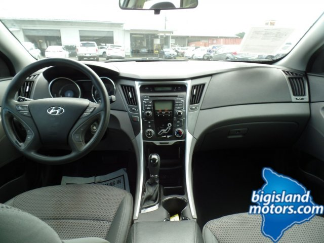 Beautiful Pre Owned 2011 Hyundai Sonata GLS